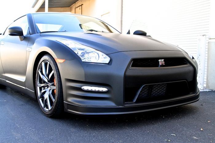 Matte Black Vehicle Wrap Nissan GTR